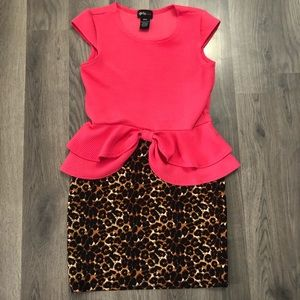 Other - Little Girls Peplum Dress